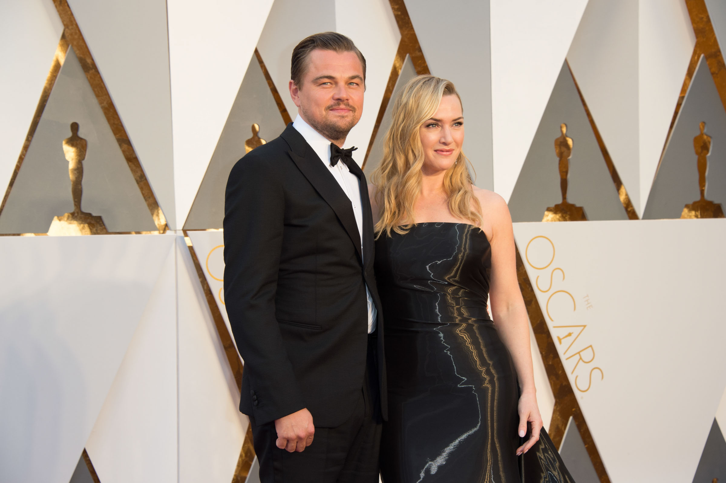Oscar®-nominees, Leonardo DiCaprio and Kate Winslet, arrive at The 88th Oscars® at the Dolby® Theatre in Hollywood, CA on Sunday, February 28, 2016. Photo Credit: Aaron Poole / ©A.M.P.A.S.
