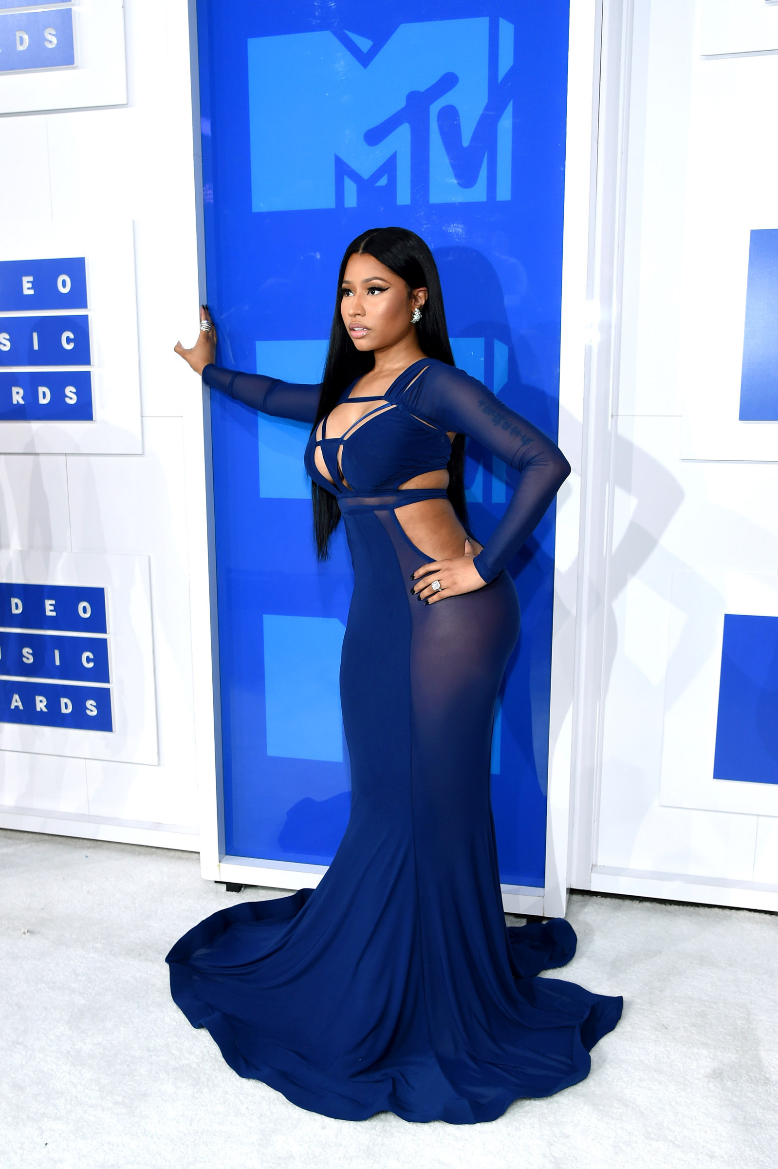 NEW YORK, NY - AUGUST 28:  Nicki Minaj attends the 2016 MTV Video Music Awards on August 28, 2016 in New York City.  (Photo by Larry Busacca/Getty Images for MTV)